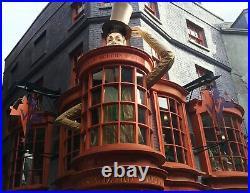 Basic Blaze Box Weasleys' Wizard Wheezes Label Harry Potter prop screen used