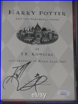 HARRY POTTER DANIEL RADCLIFFE Hand Signed'THE SORCERCERS STONE' BOOK +JSA COA