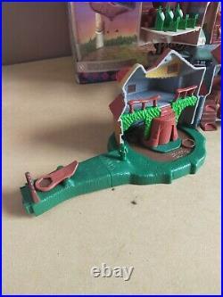 HARRY POTTER POLLY POCKET HOGWARTS CASTLE + WEASLEY HOUSE Original Box & Toys