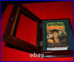 Rare DANIEL RADCLIFFE signed HARRY POTTER BOOK CASE, COA, Movie Coin SET, DVD